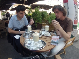 Having a white chocolate drink with Amer and Mattias. Very tasty!