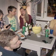 Rasmus, Elin, Leffe, Amelia, Johan, Carro & Elias, my lasts guests hanging in the kitchen