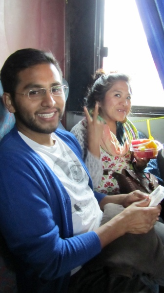 On our way to Chiapa de Corzo, in the economic bus that costs 25 pesos :) Itsmal and Erika, with our fruits we bought from a man who sold them in the bus just before departure. So fresh!