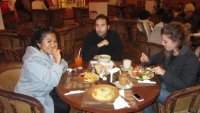 Eating at Tierra Dentro in San Cristóbal. Lot's of vegetarian alternatives. And it was delicious!!!!