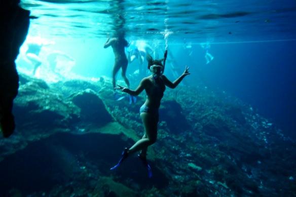 Me posing underwater ;)