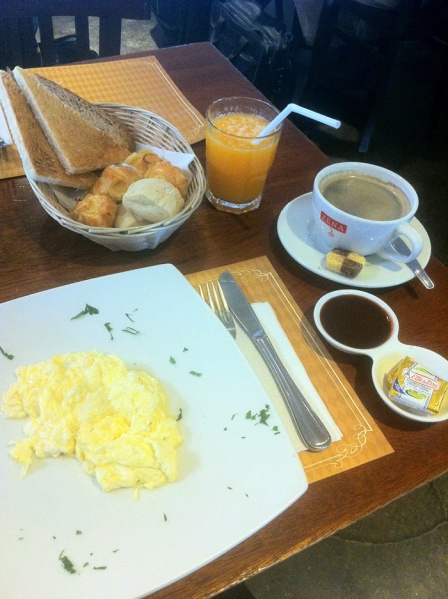 Breakfast in the airport of Lima.