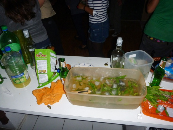 Ecuatorian home party. Mojito!