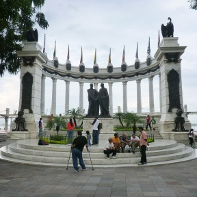 A very famous monument in the Malecon of Guayaquil, also the landmark of the city. It represents the meeting between Simón Bolívar and José de San Martín for the independence of South America.