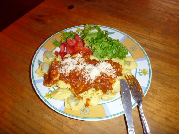 A typical old-sofia meal.. haha. Tortellini.. But I was quite happy since it's the first time I'm using the gas stove all by myself...