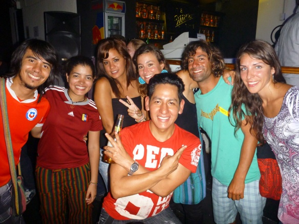 At the disco! Anthony (chile), Maribela (venezuela), Stephany (peru), me, Johny (peru), another spanish girl, and in front, Ricardo (peru).