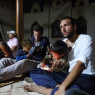Didac and Francesco and the kids playing with their phones