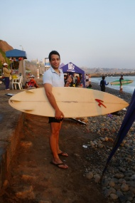Fausto, with another board.. haha.