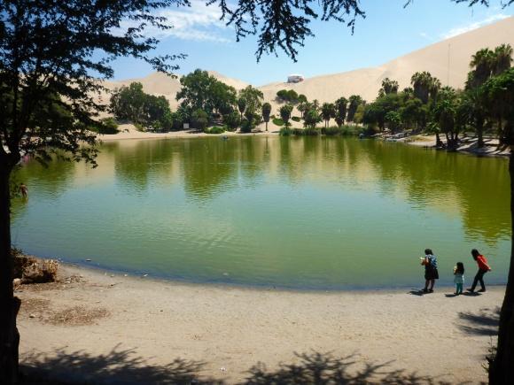 The lake in Huacachina