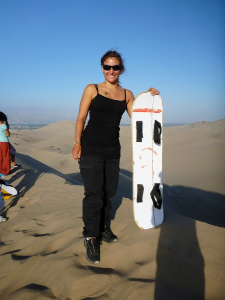 Doing some sandboarding! Haha. Such a bad board!