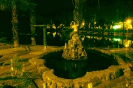 The fountain in front of the oasis in Huacachina
