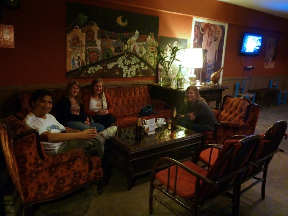 Some beers and thé in Huacachina at night