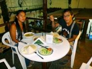 Having dinner with Atenas and Kiwi :)