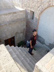 Stairs from one of the roof topsabove the plazas