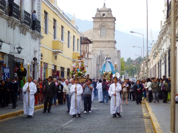 Ceremony and procession for saint Chapi