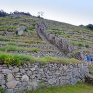 Climbing down Phuyupatamarca