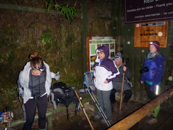 Waiting in line (the first ones) for the last check point to reach Machu Picchu