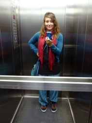 I cut my own hair, not that blonde anymore! And this is also the scarf Ines gave me :)