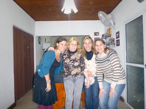 Me, Kika, Claudia and Lorena.. And I'm the swedish one?? Haha. I'm the darkest one!