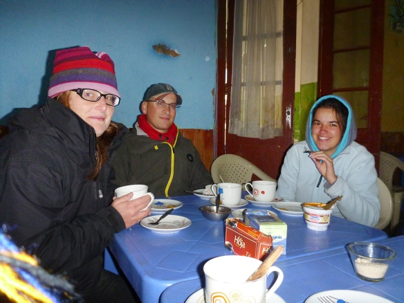 Breakfast in Villazón in Bolivia, the border town... so cold here.. and they only had coffe and bread.. :) This is Sarah, Matt and Anne!