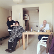 Duilios parents coming over to watch fotball, drink mate and to cut Duilios hair. :)