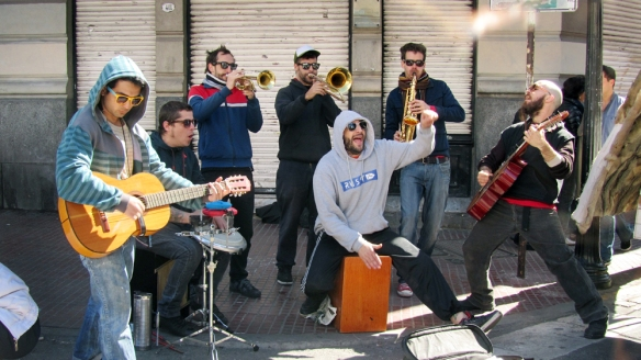 A crazy and funny band in the streets of San Telmo