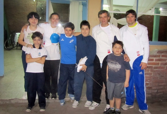 With the fencers at Club Banco Provincial! From the upper left; Lourdes, Me,Pedro and Alejandro, and lower right; Juan Ignacio, Lautaro, Juan Pablo and Juan :)