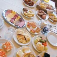 Breakfast luxury!