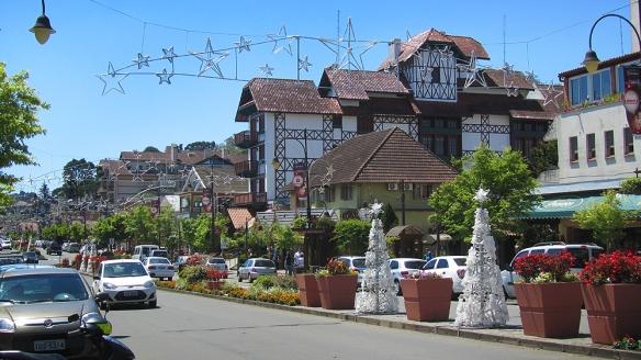 The shopping street in Gramado