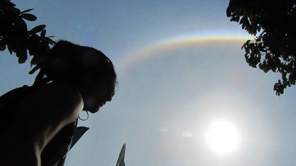 Erasmo and a strange round rainbow around the sun