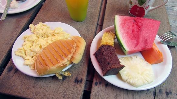 LOVE my breakfast!!!