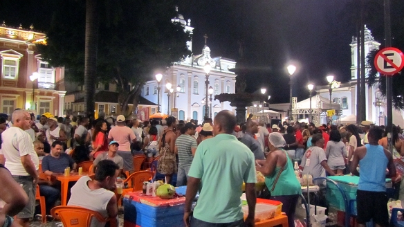 Terreiro de Jesus a saturday night!