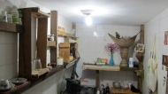 Vickis and Kikes cool kitchen. Love the furniture :)