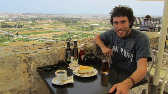 Enjoying our coffee (fika) with a nice view in Mdina!