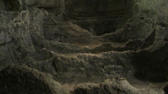 "Plenty of catacombs, if you watch closely you can even see that they have carved out ""pillows"" of stone in the tomb!"