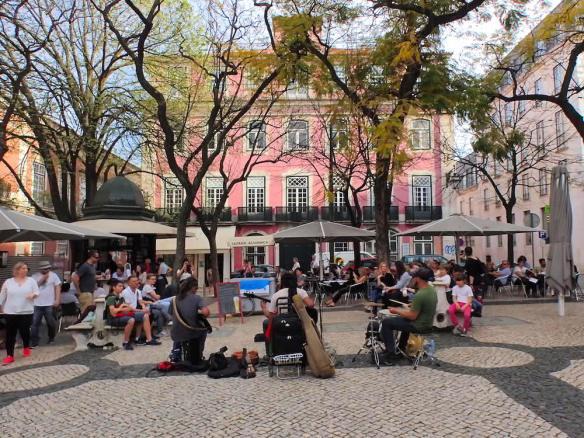 Street music around Bairro Alto
