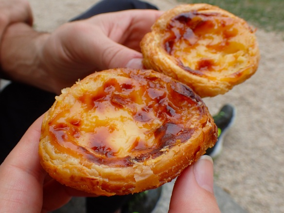 We enjoyed our first Pastel de Nata inside the Monastery :)