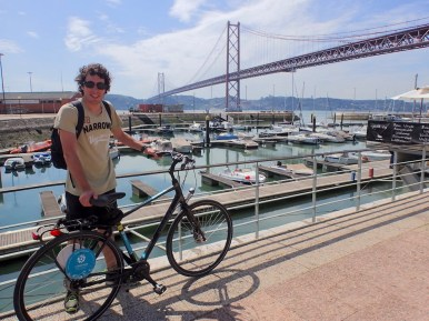 Renting bikes and doing sightseeing along the road!