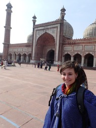 Me in front of Jama Masjid, with the complimentary robe they give