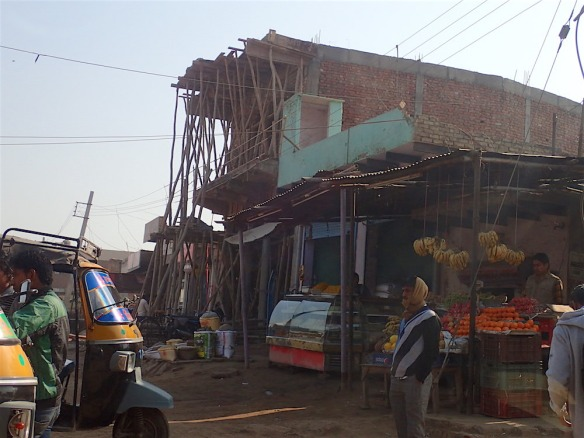 A place under construction. (This picture is on our way to Agra taken one day later)