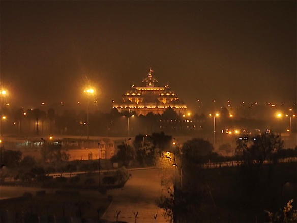 The Akshardham temple seen from the metro