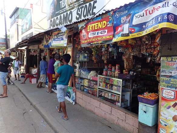 A typical kiosk around Coron, this one is quite big though, we bought eggs, rice and beer here