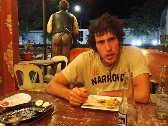Having dinner at the only restaurant in Oslob. Duilio and the ass.