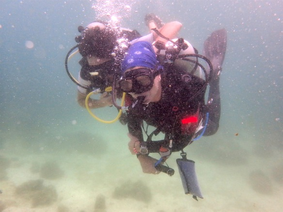 Duilio sharing air with the dive master.. as always.. hehe